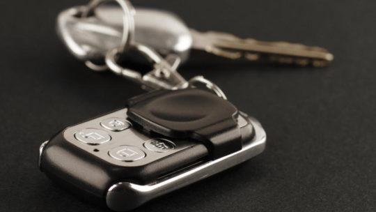 Надлежащая безопасность автомобиля и контроль благодаря обширным системам